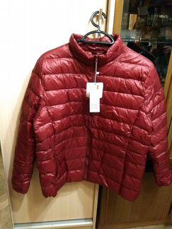 Куртка женская,новая.Очень легкая,на теплую весну