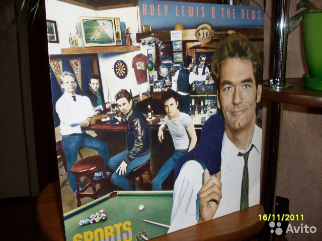 Грампластинка Huey Lewis The News 1983 - Sports— фотография №1