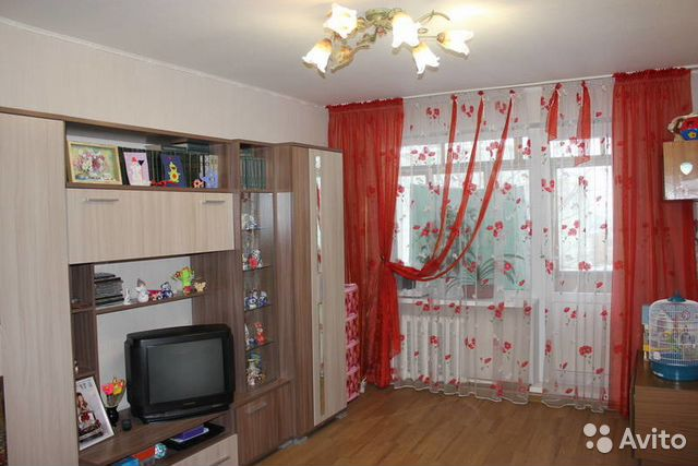 Продается трехкомнатная квартира за 2 500 000 рублей. Лакина ул. 141.