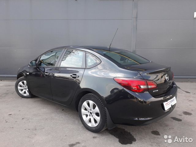 Купить Opel Astra пробег 115 660.00 км 2014 год выпуска