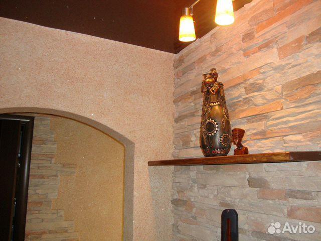 Жидкие обои и декоративный камень в прихожей фото 10