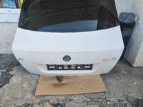 Крышка багажника со стеклом Шкода Октавия А5 белая