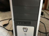 Системный блок, монитор, беспроводная мышь и клава